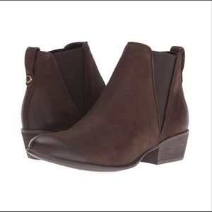 Steve Madden Neoma Leather Bootie